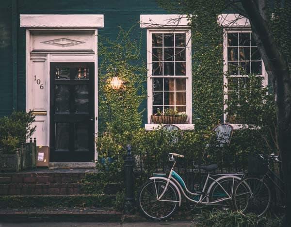 אופניים על בית
